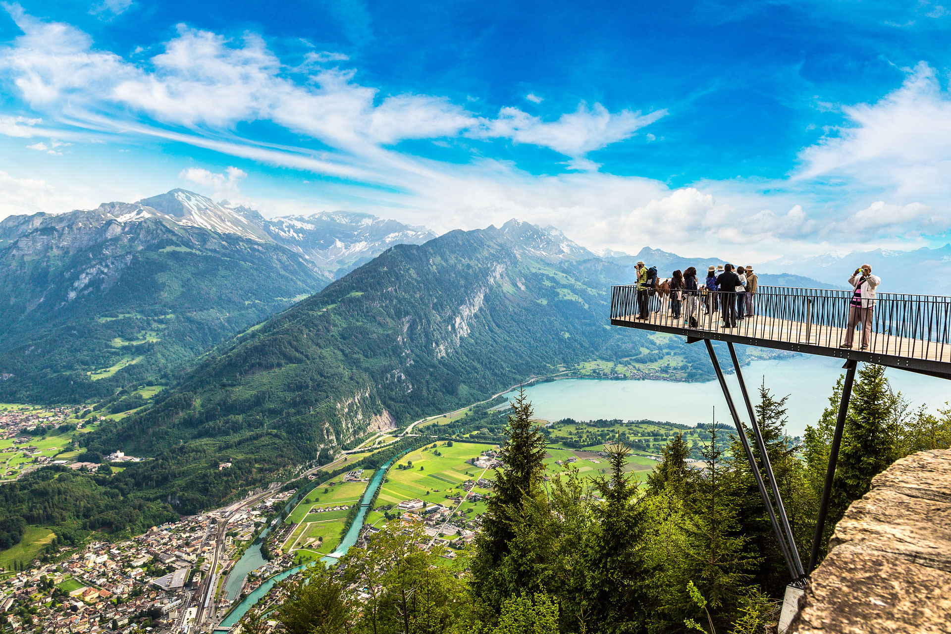 Harder-Kulm-observation-deck-in-Interlaken-Switzerland.jpg