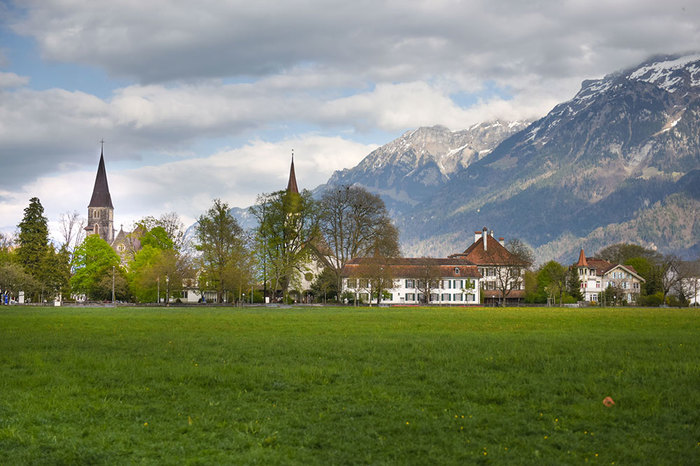 Interlaken town.jpg