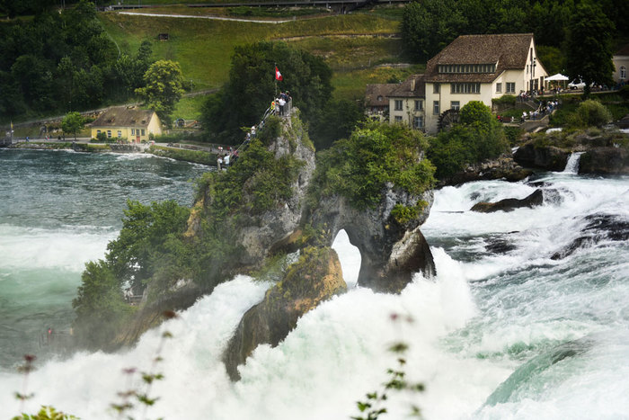 Private Trip From Zurich to The Rhine Falls