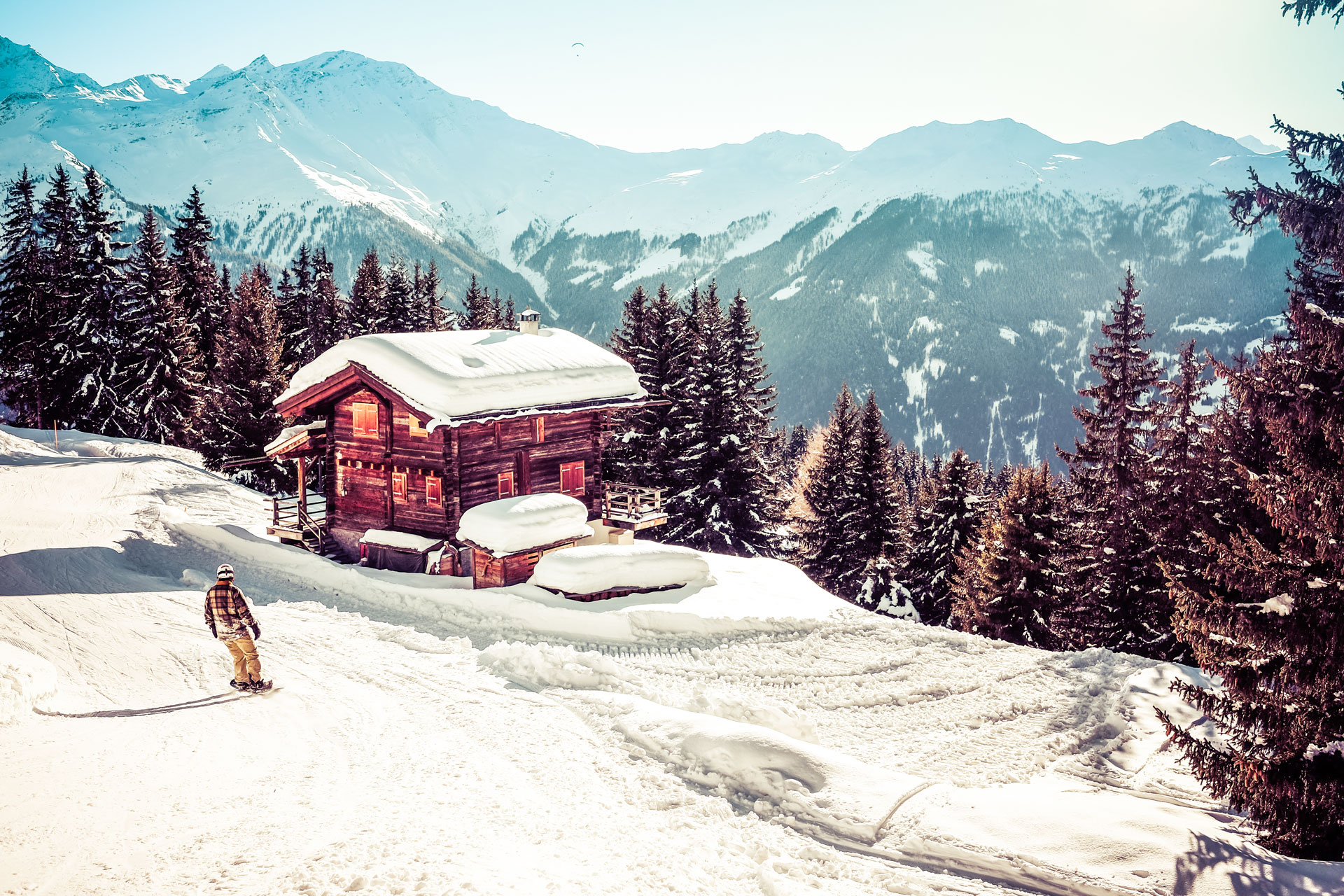 Verbier-Ski-Resort-Switzerland.jpg