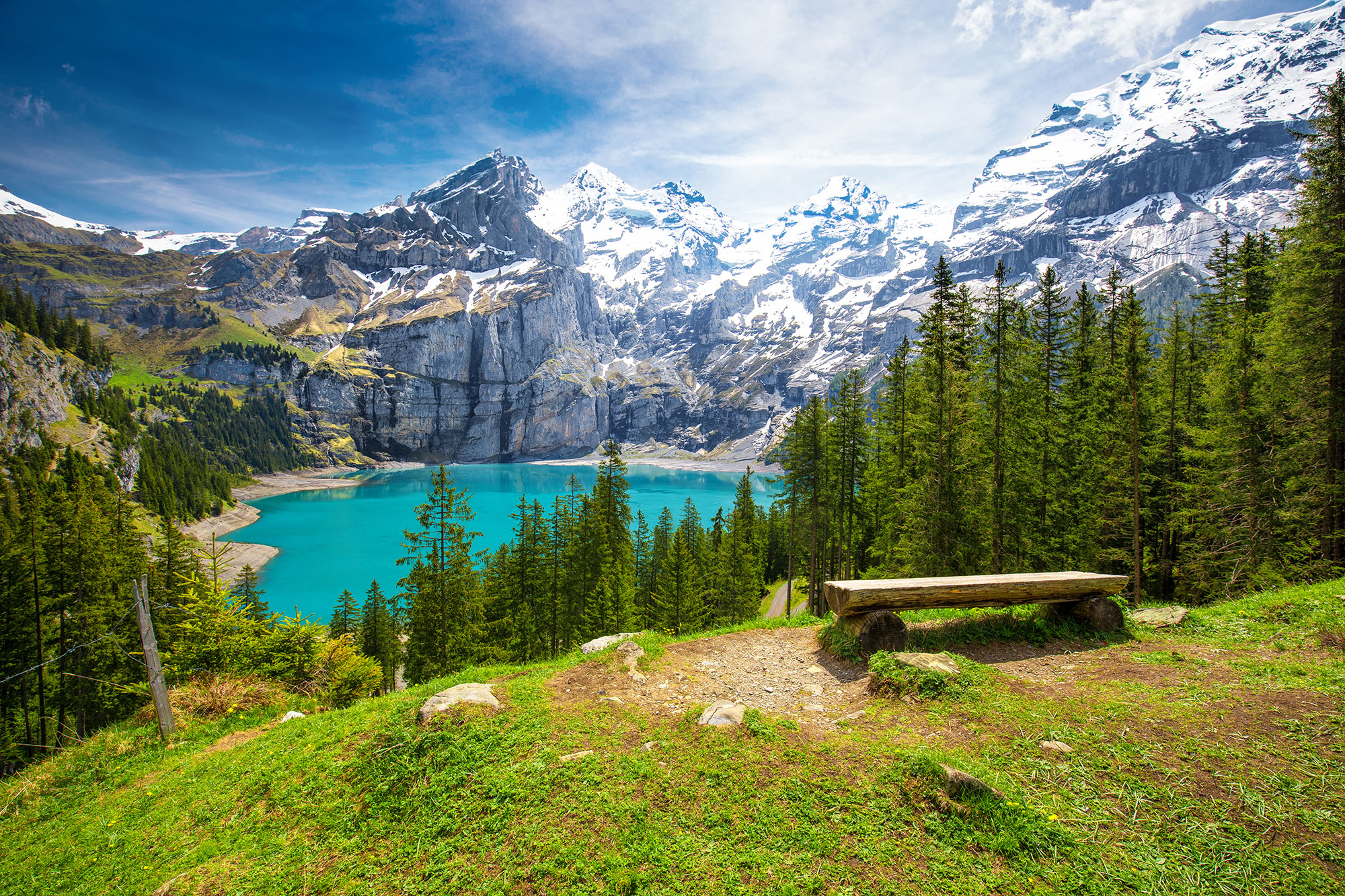 Oeschinen-Lake-in-the-Bernese-Oberland-Switzerland.jpg